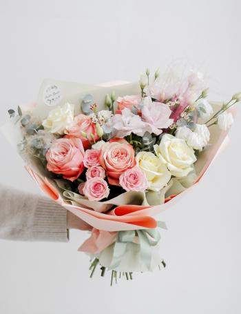 Букет из пионовидных роз PEACH JUICE