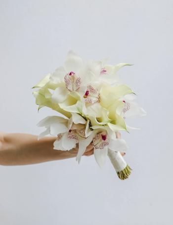 Свадебный букет калл и орхидеи WHITE CHOCOLATE