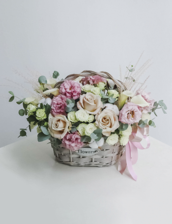 Корзина из роз с хлопком PINK&COCOA