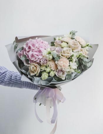 Букет из роз и фрезий PINK OCEAN