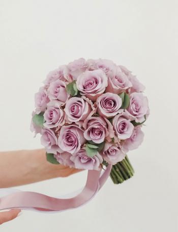 Букет невесты из сиреневых роз LILAC