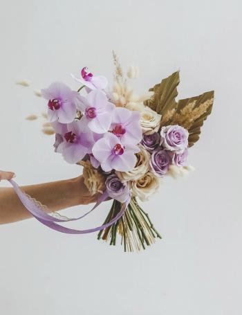 Свадебный букет из орхидей LILAC BOHO