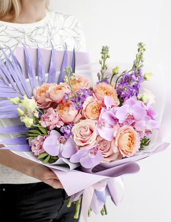 Букет из пионовидных роз TROPICAL LILAC