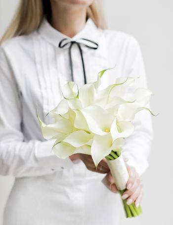 Свадебный букет из белых калл WHITE