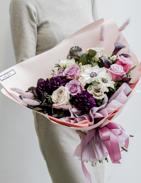 Букет из роз и анемон VINTAGE PURPLE