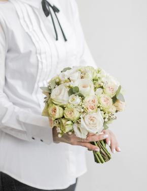 Букет невесты из пионовидных роз WHITE&CREAM