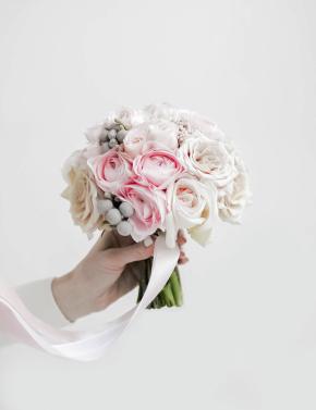 Букет невесты из ранункулюсов PINK&COCOA