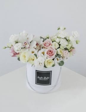 Коробка из роз и орхидеи PINK&COCOA