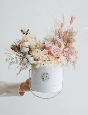 Коробка с сухоцветами PINK&COCOA