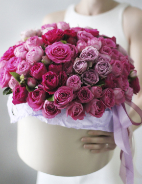 Композиция из пионовидных роз PEONY ROSES
