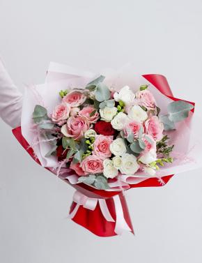 Букет из роз RED&WHITE