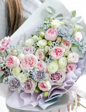 Букет из пионовидных роз BLUE&PINK